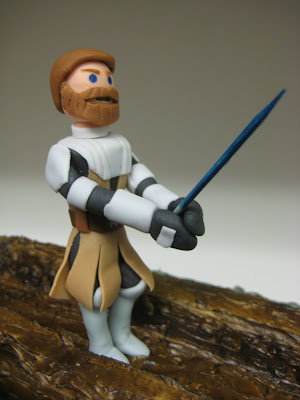 Star Wars: The Clone Wars Themed Cake - Obi-Wan Kenobi & Asajj Ventress Duel - Close Up of Obi-Wan Figure 1