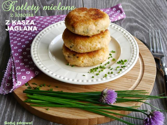 Kotleciki mielone z łososia i kaszy jaglanej - Czytaj więcej »