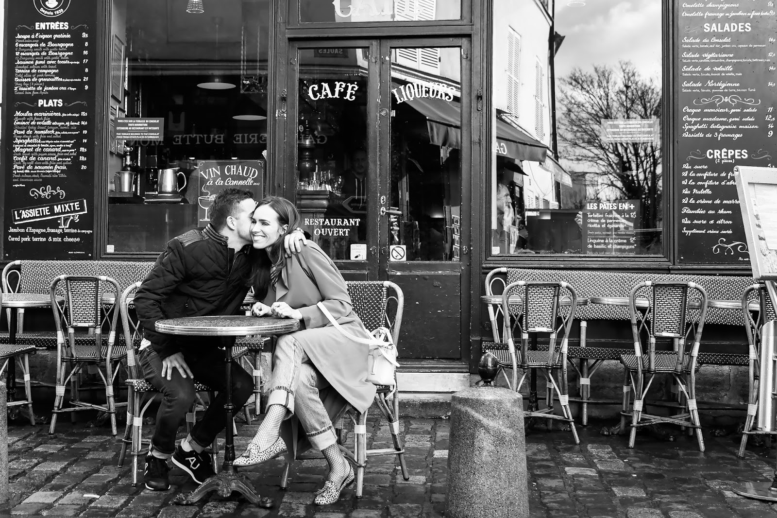 paris cafe black white photo couple