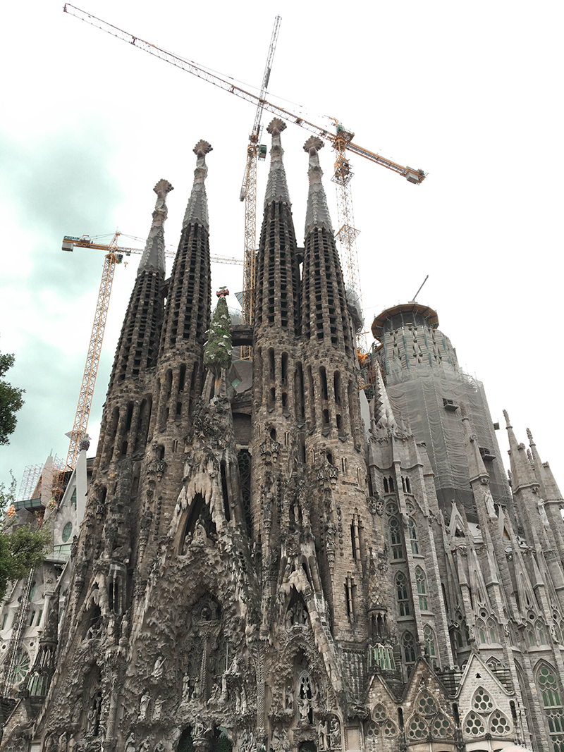 sagrada familia, barcelona gaudi church, Basílica i Temple Expiatori de la Sagrada Família