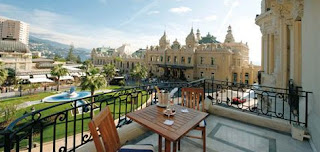 Palais Du Prince S Palace Is Located In Old Monaco Ville And Also A Must See The Grimaldi Family Has Ruled From Since 1297