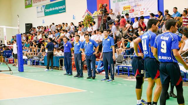 HLV Nguyễn Văn Hòa (TPHCM) - Thế hệ vàng của bóng chuyền Sài Gòn
