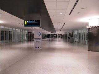 Vista da área interna do aeroporto