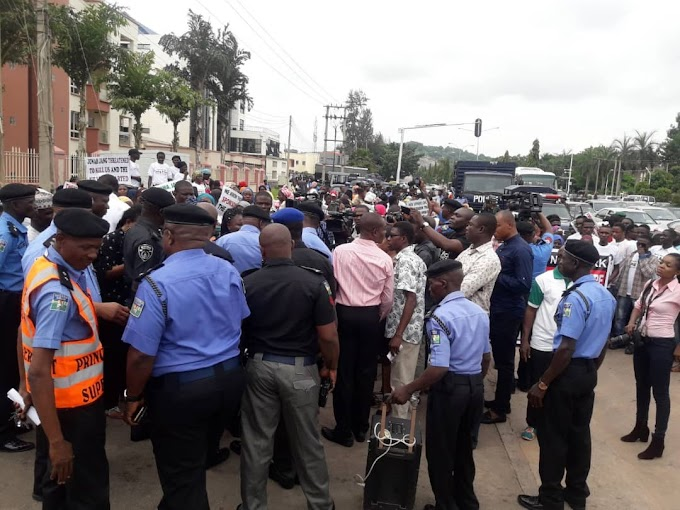 Protesters shutdown Abuja, call for arrest of Jonah Jang, TY Danjuma