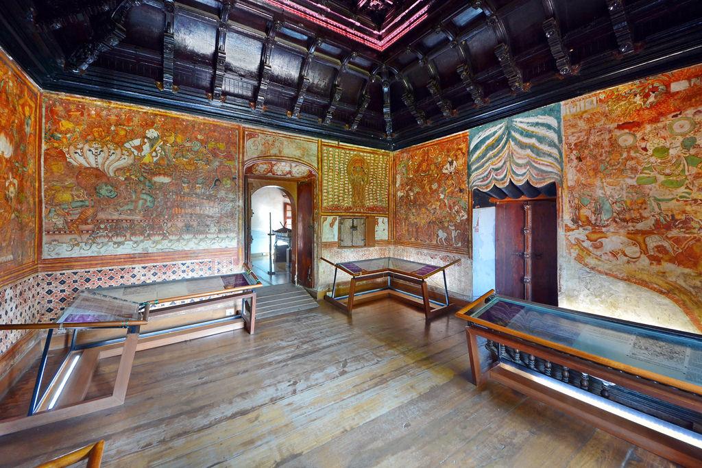 Kochi Tourism Guide Mattancherry Palace Or Dutch Palace