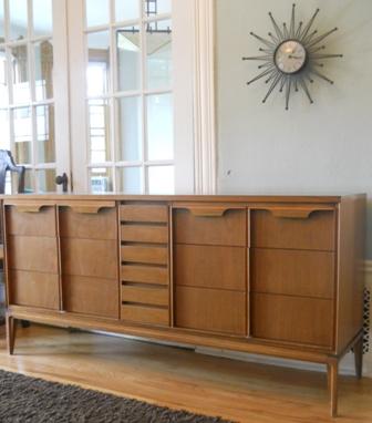 Basic Witz 9 Drawer Dresser