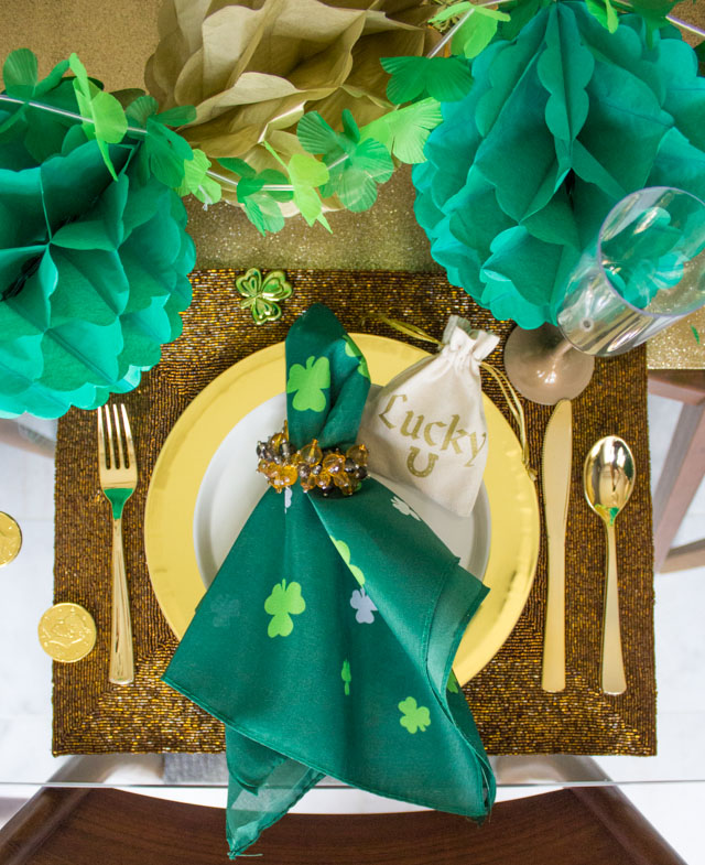 St. Patrick's Dinner party table placesetting idea