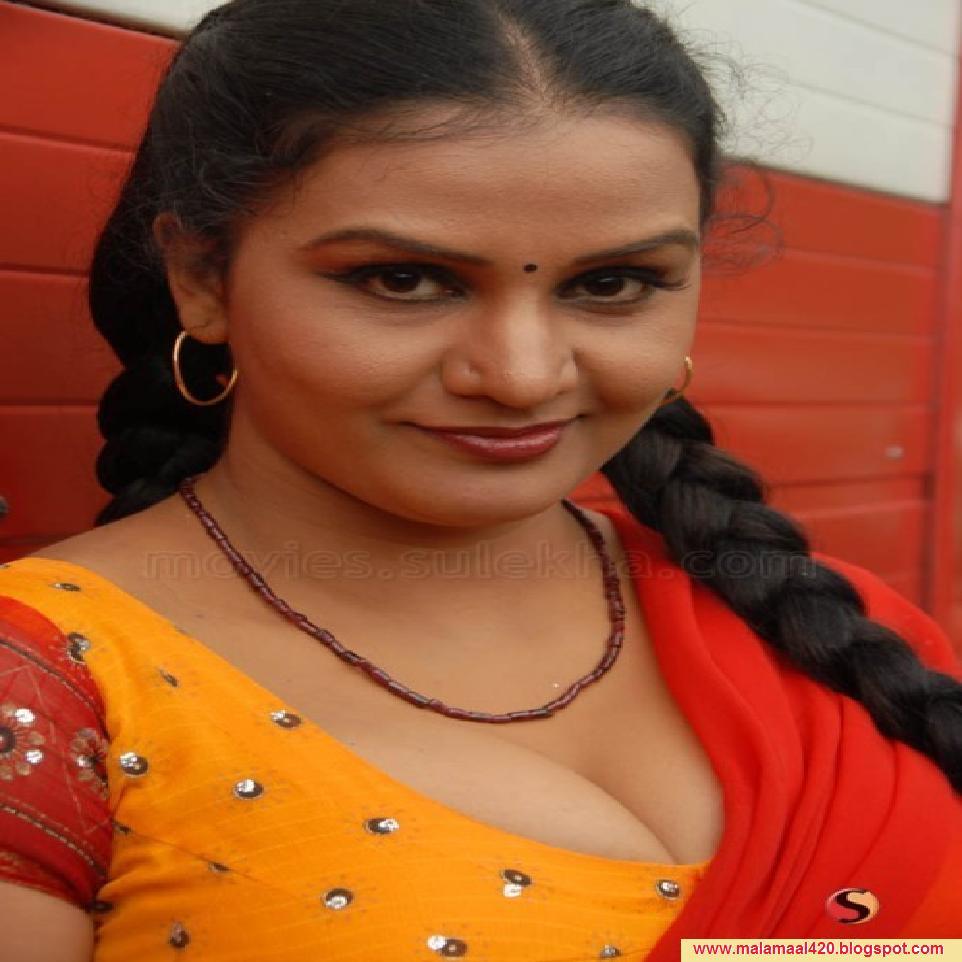 Apoorva Mallu Reshma Aunty Mallu Bhabi Hot Masala Actress -6948