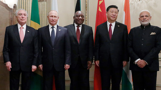 """Putin: """"La práctica viciosa de las sanciones unilaterales rompe el tejido de la economía mundial"""""""