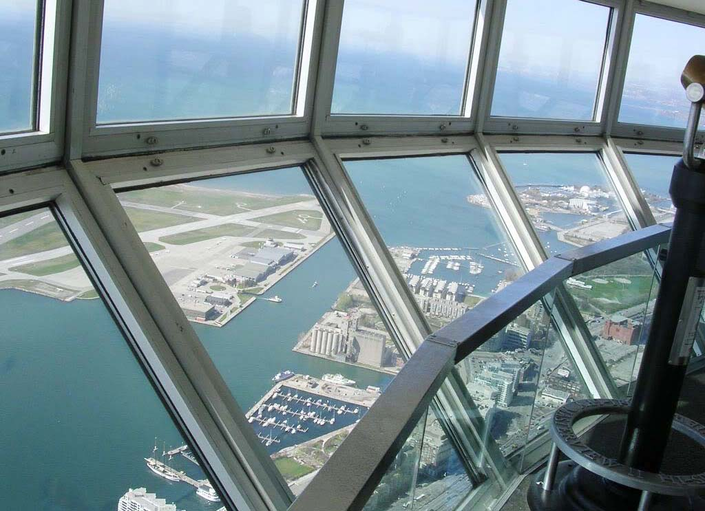 Cn Tower Toronto Canada World Beautiful Landmarks
