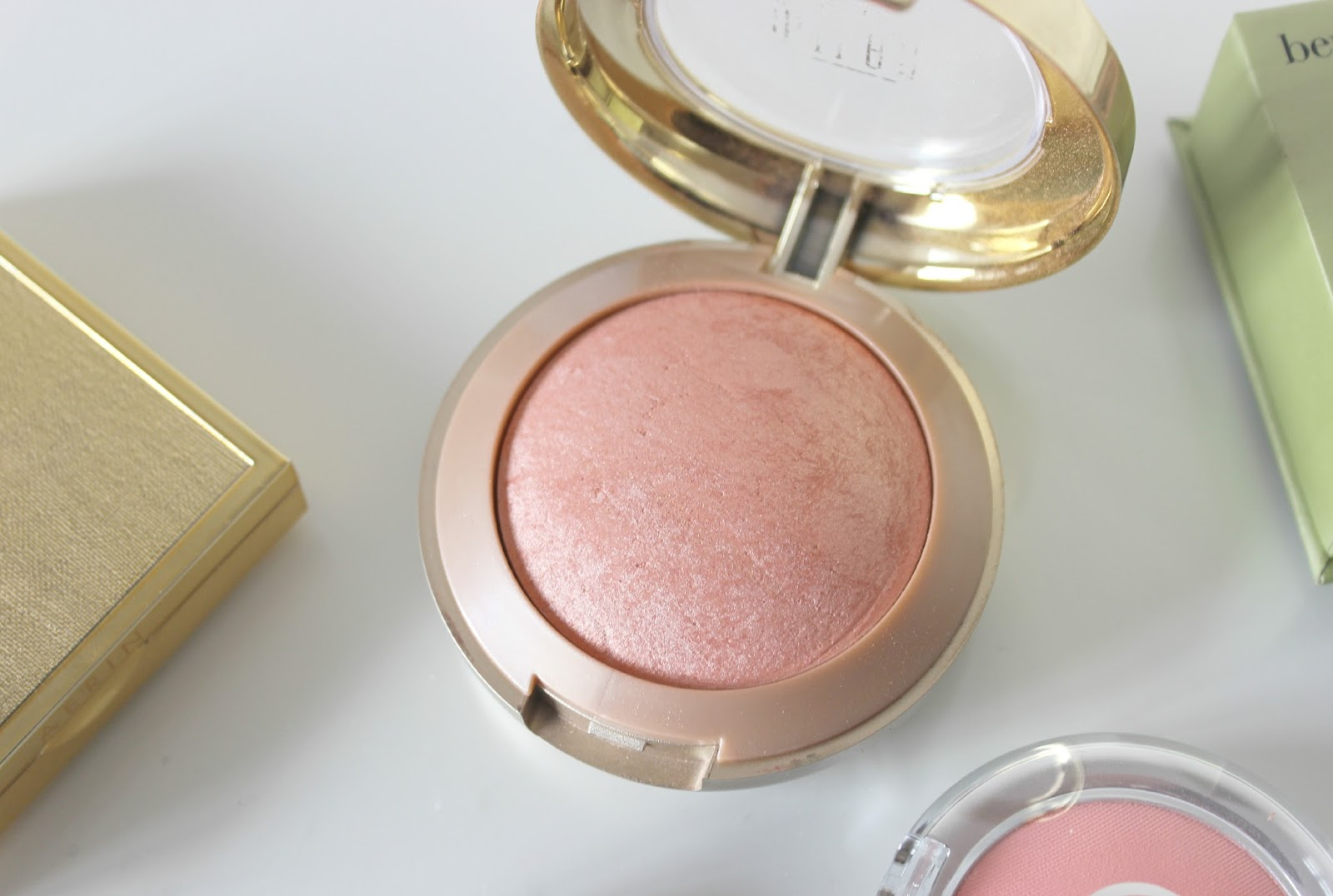 A picture of Milani Luminoso Baked Blush