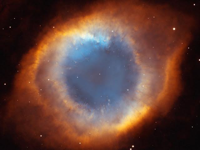 Nebulosa da Helice - cores reais ou falsas?