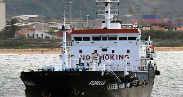 Empresa mexicana paraliza 7 buques con combustible por millonaria deuda de Pdvsa