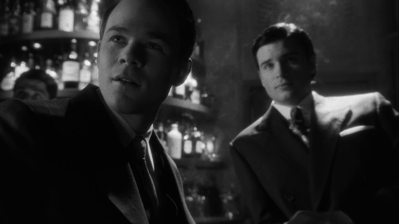 Jimmy Olsen Smallville 1940 Noir