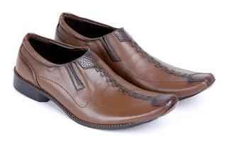 sepatu kerja pria lancip,gambar sepatu kerja aladin terbaru,sepatu pantofel ori, sepatu kantor pria keren 2016,sepatu formal pria handmade cibaduyut,supliyer sepatu kerja pria murah bandung