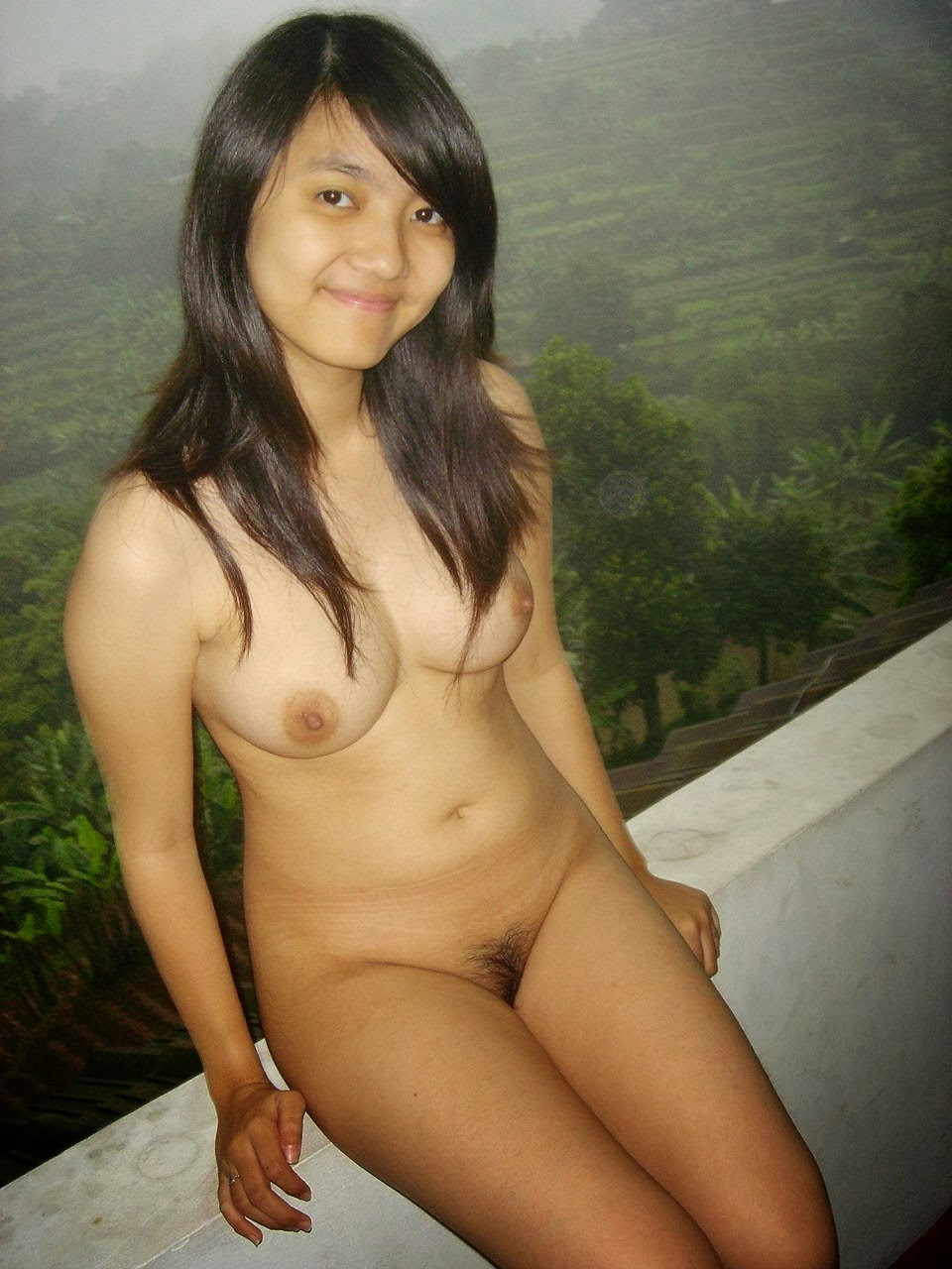 Indonesia aked women — pic 8