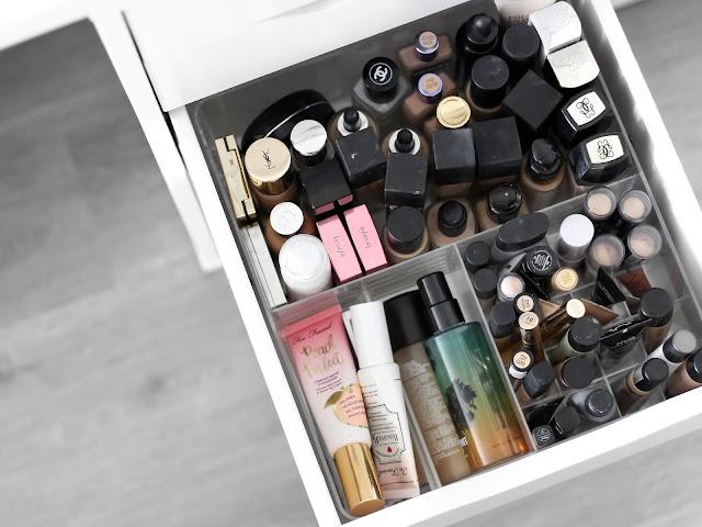 makeupy a korektory kosmetická sbírka
