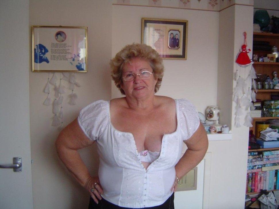 Porn big ass girl