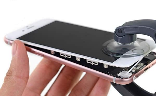 thay mat kinh iPhone 7 Plus uy tin
