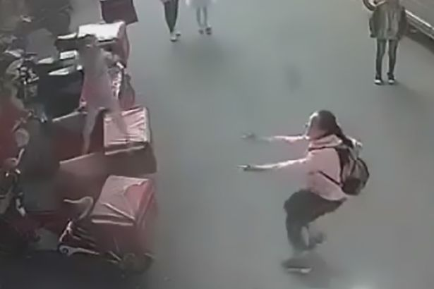 This Girl Tried To Help And Catch The Toddler Who Is About To Fall From The Window But This Happened!
