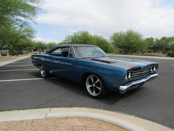 looking a new owner iconic plymouth roadrunner buy american muscle car. Black Bedroom Furniture Sets. Home Design Ideas