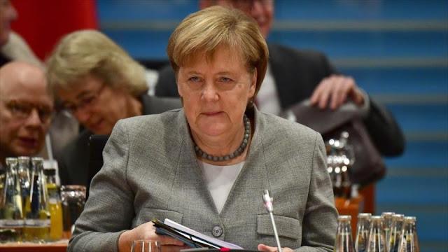 Informe: Merkel pidió a europeos no mudar su embajada a Al-Quds