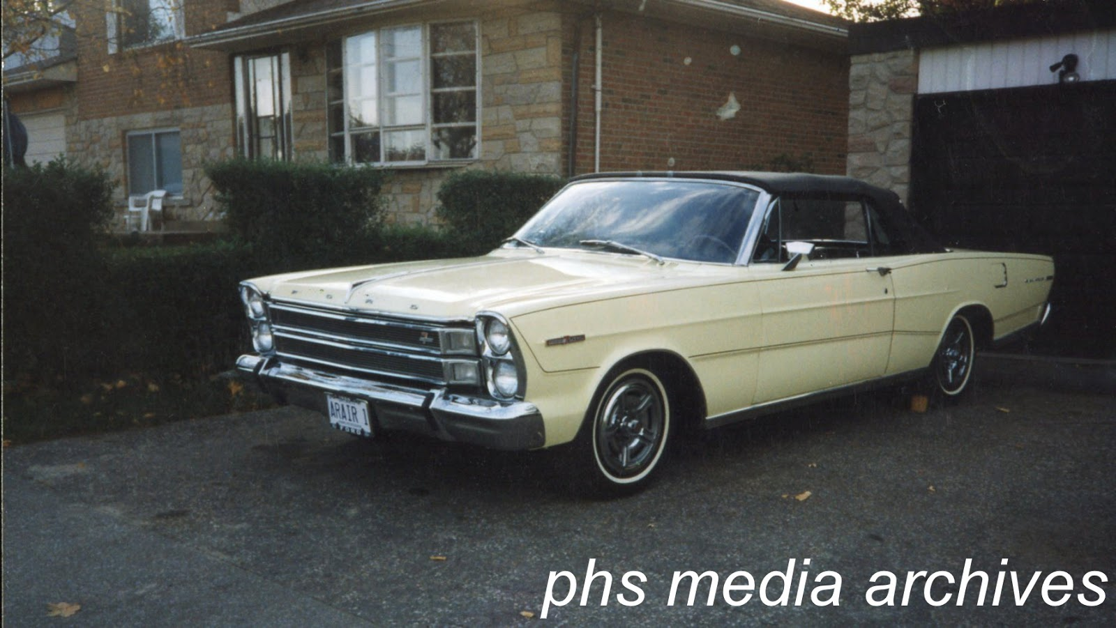 American Muscle 1966 Galaxie 7 Liter Fever Phscollectorcarworld 1960 Studebaker Lark Wiring Diagram This Springtime Yellow Convertible Was A 428 Four Speed Car Found Abandoned At Grand Forks Afb In North Dakota Bj Davis Rescued The Long Term Outdoor
