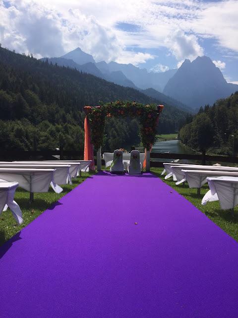 Freie Trauung auf der Bergwiese Herbst-Hochzeit in den Bergen, Lila, Orange, Riessersee Hotel Garmisch-Partenkirchen, Bayern, Autumn wedding in Bavaria, Lilac and Orange