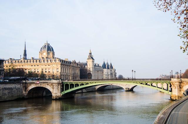 Paryż Sekwana mosty Francja Paris France