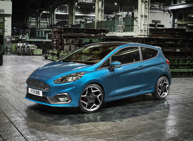 2017 Ford Fiesta ST - Europe