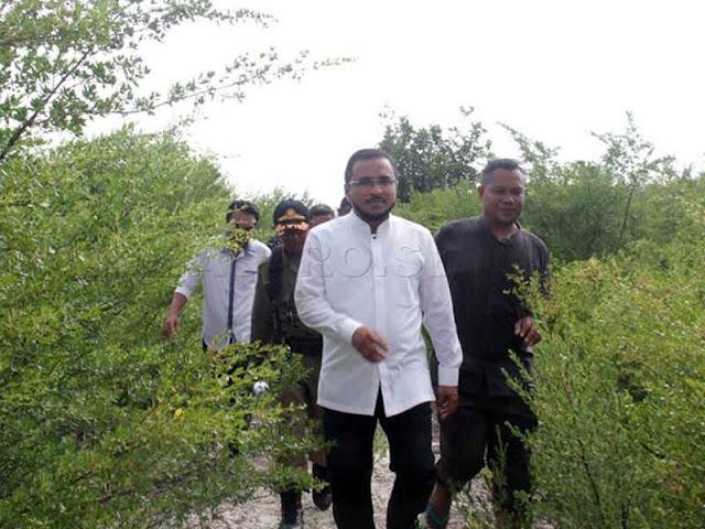Fachri Husni Alkatiri Kunjungi Pulau Neden di Kiltai