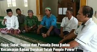 Tokoh Masyarakat dan Toga Kecamatan Badau Kabupaten Belitung Menolak Tegas Rencana Aksi People Power