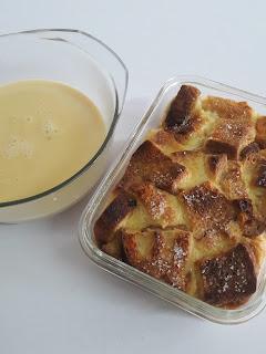 Resepi Puding Roti Sedap dan Mudah dengan Sos Kastard