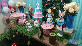 Decoração festa infantil Alice no País da Maravilhas