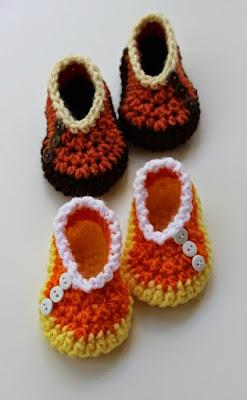 """Chaussons bébé au crochet """"Candy Corn"""""""