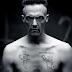 """Ninja do """"Die Antwoord"""" é acusado de estupro, tortura e satanismo"""