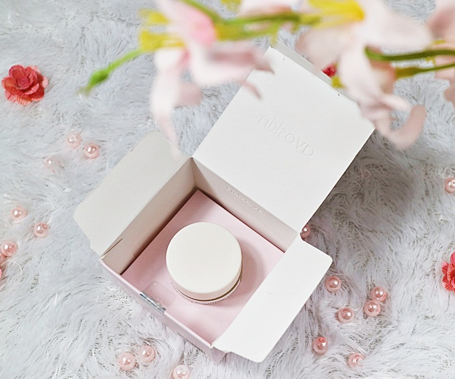 Packaging Avoskin Ultra Brightening Cream