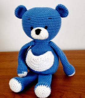 http://translate.googleusercontent.com/translate_c?depth=1&hl=es&rurl=translate.google.es&sl=auto&tl=es&u=http://amigurumibb.wordpress.com/2013/07/04/blue-bear-pattern/&usg=ALkJrhiDd3Kvp0ijwnzrphbKZAFhX3mvRQ