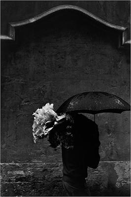 http://yama-bato.tumblr.com/post/154667214676/2000-lightyearsfromhome-josef-koudelka-spain