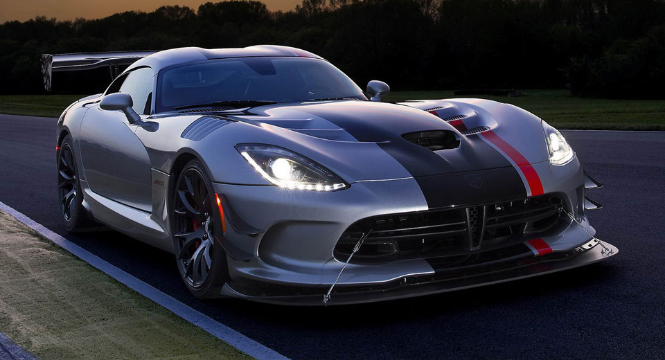 Dodge has confirmed that ordering for the 2017 Viper will reopen ...