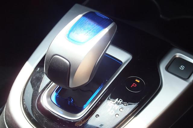 honda-fit-hybrid-interior2 ホンダフィットハイブリッド