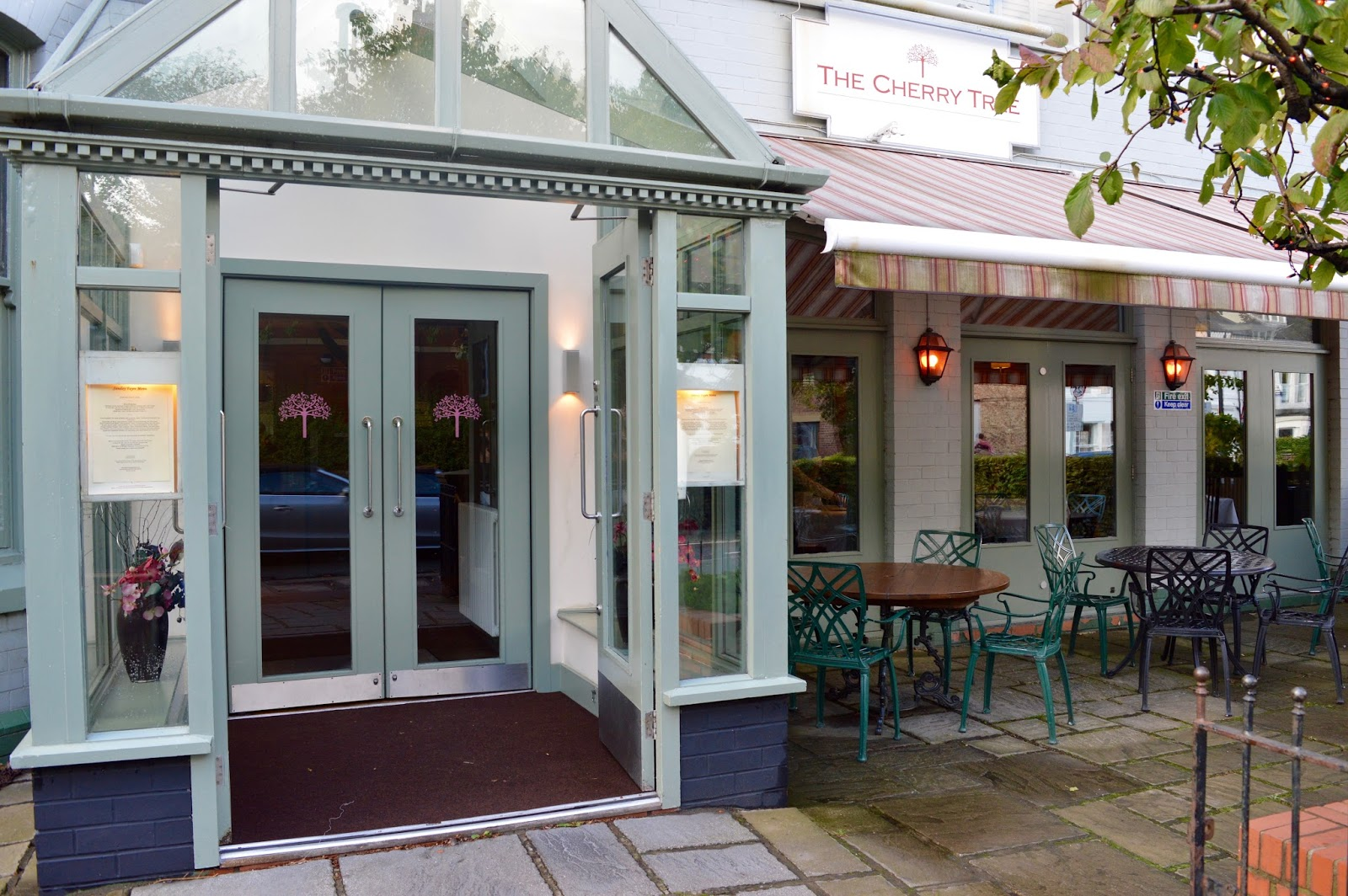 Family Sunday Lunch at The Cherry Tree Restaurant, Jesmond | A Review  - Osborne Road exterior