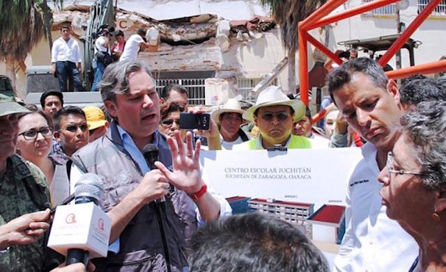 Increpan a Nuño en Juchitan, 'solo vienen a tomarse la foto y hacer cochinadas', le reclaman.