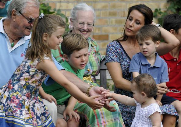 Image Result For Royal Family Slot