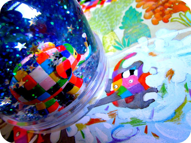 Elmer snow globe
