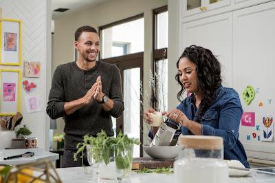 Cozinheira, autora de livros de culinária, mãe e apresentadora forma casal estrelado com Stephen Curry, jogador de basquete e campeão da NBA - Divulgação
