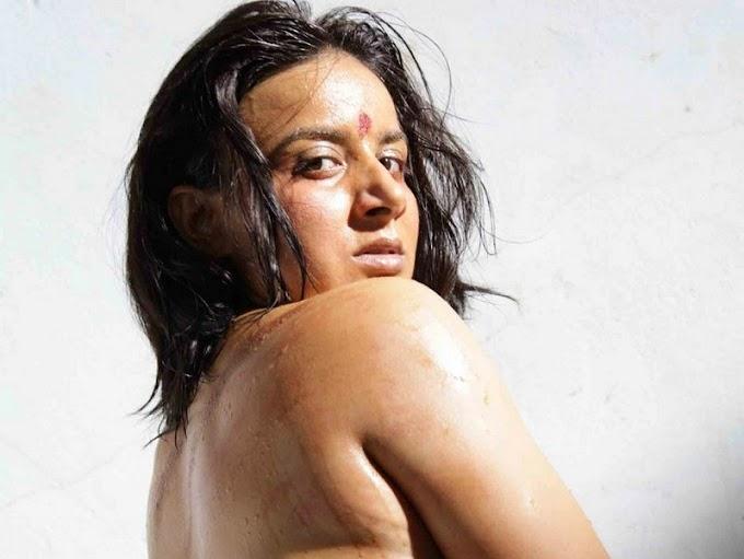 Kannada actress Pooja gandh hot navel in new kannda film sexy photo picture gallery