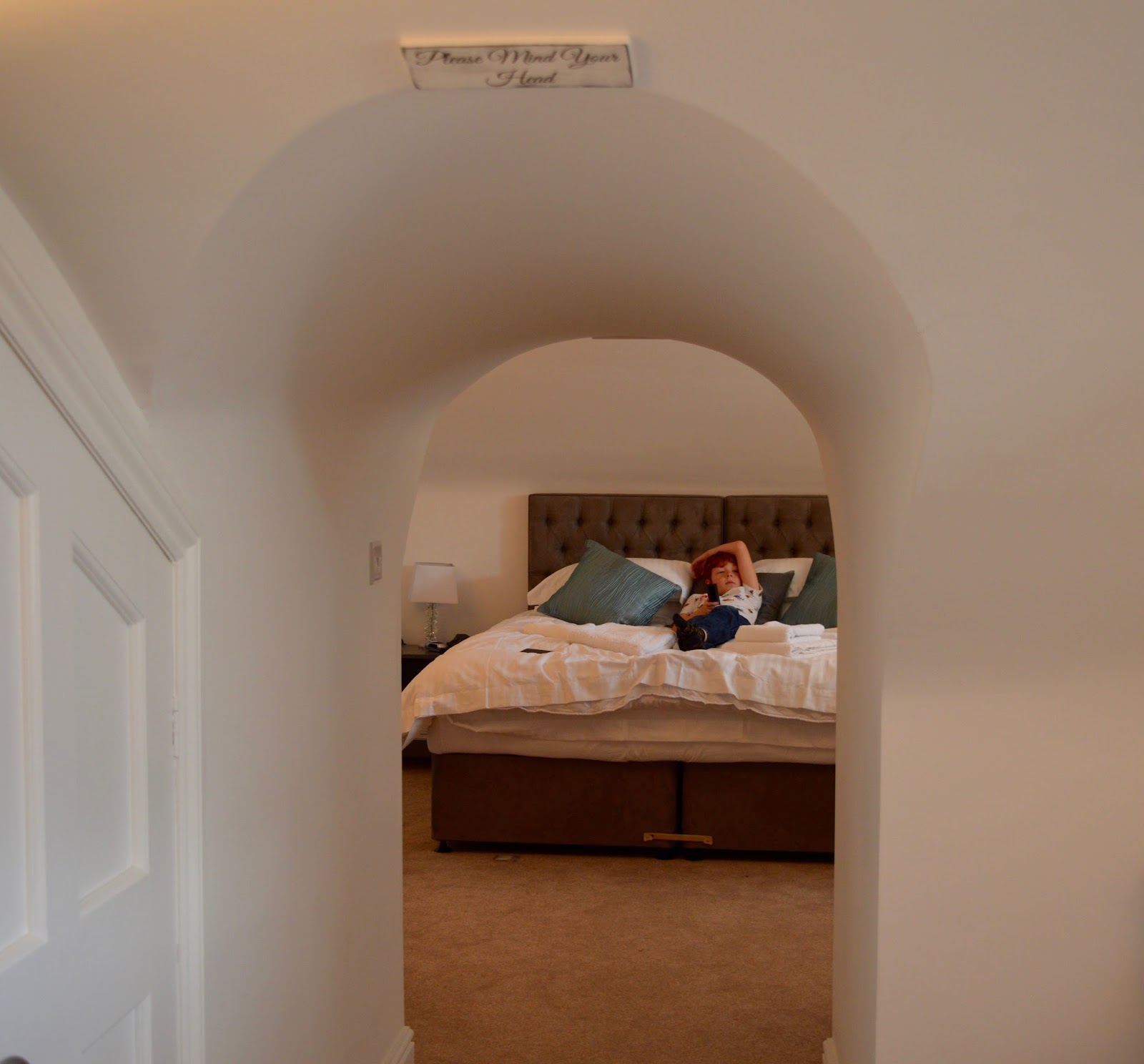 We review One Frenchgate House - A Luxury Serviced 4 Bedroom Apartment in Richmond, North Yorkshire. Available to rent for holidays and short breaks - Kingsize bed in basement
