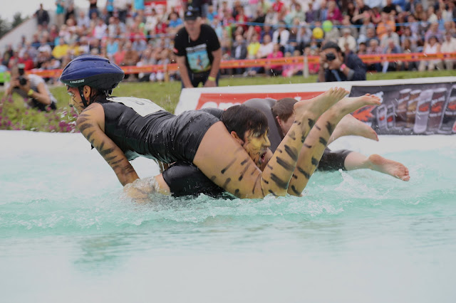 Wife Carrying Championship *4