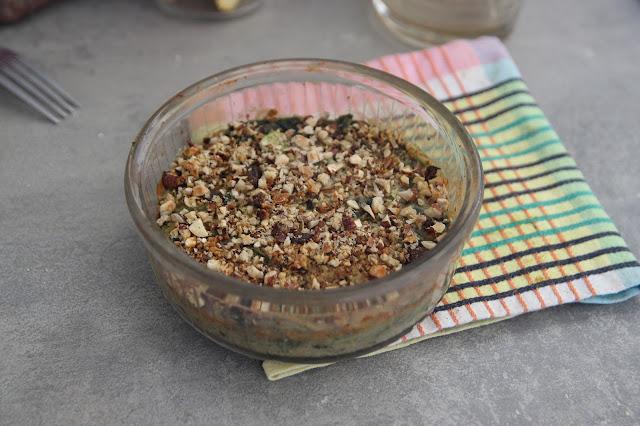 Gratin de fanes (et autres verdures) à la béchamel de pois chiche - vegan